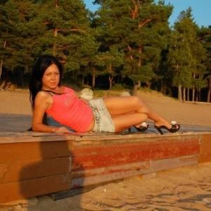 caut femeie din târgu secuiesc femei divortate din Reșița care cauta barbati din Drobeta Turnu Severin