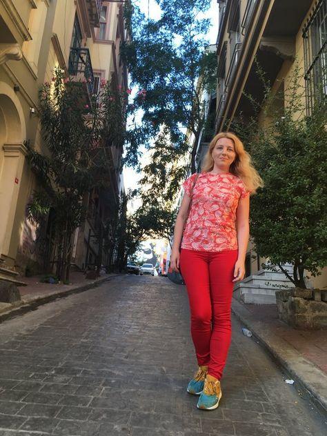 caut o doamna singura din Oradea