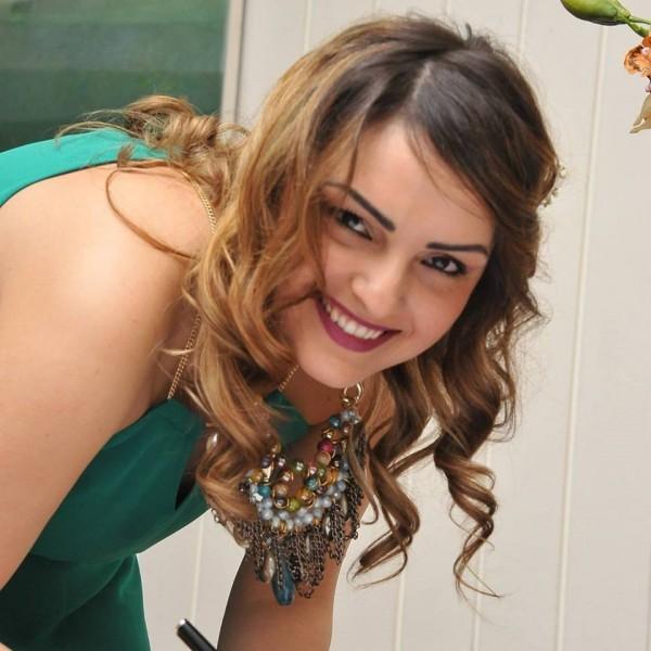 doamna in varsta caut baiat tanar săliștea de sus femei singure care caută bărbați din Iași