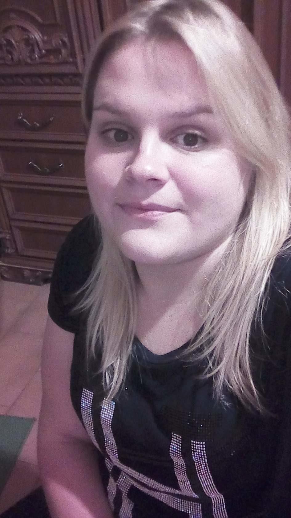 vreau sa fac cunostinta cu o fata de viata)