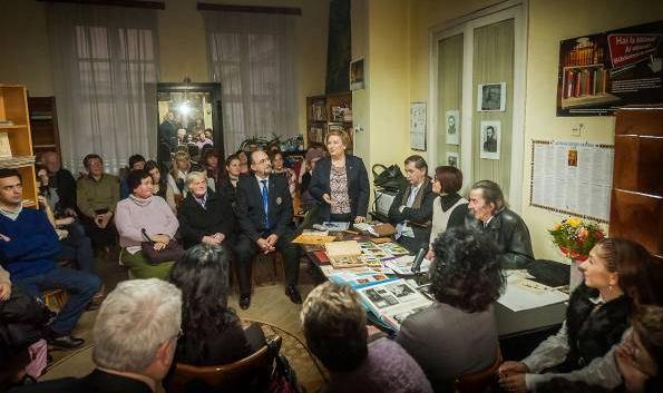 femei căsătorite din Sighișoara care cauta barbati din Alba Iulia matrimoniale: intalneste cele mai frumoase femei din buhusi interesate de matrimoniale