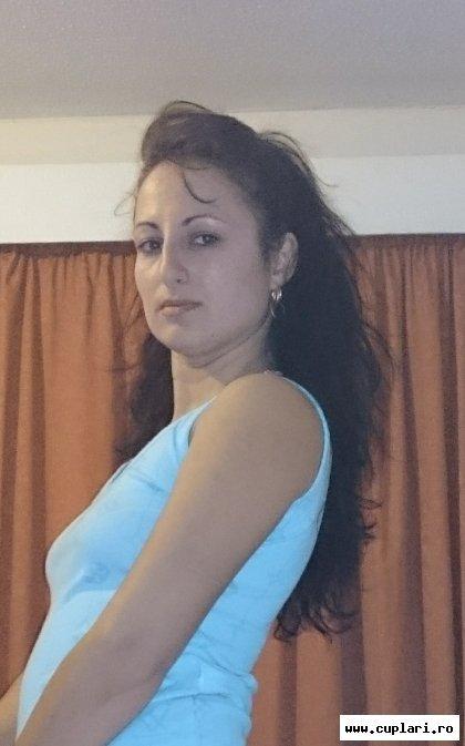 Caut femeie pentru casatorie cu numar telefon. Femei singure sau divorțate caută bărbați